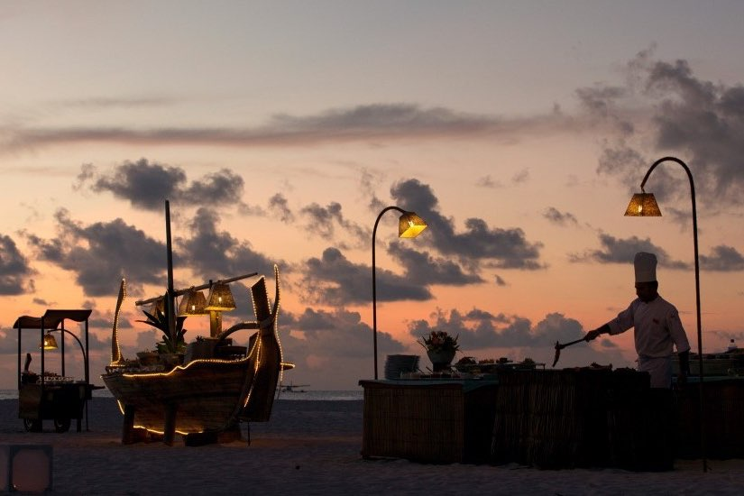 Coco Palm Dhuni Kolhu resort Maldive bbq