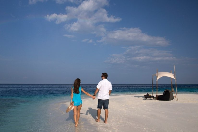 Coco Palm Bodu Hithi resort Maldive sandbank escape experience