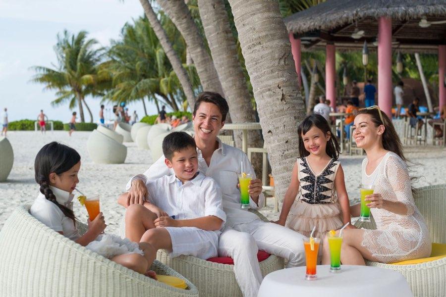 Club Med Finolhu Villas Maldive Iru bar