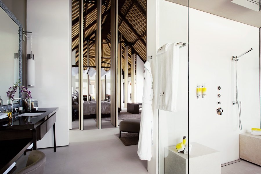 Cheval Blanc Randheli resort Maldive water villa