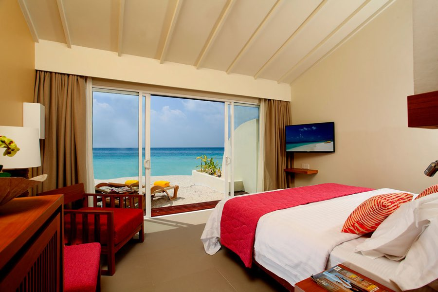 Centara Ras Fushi Resort Maldive ocean front beach villa