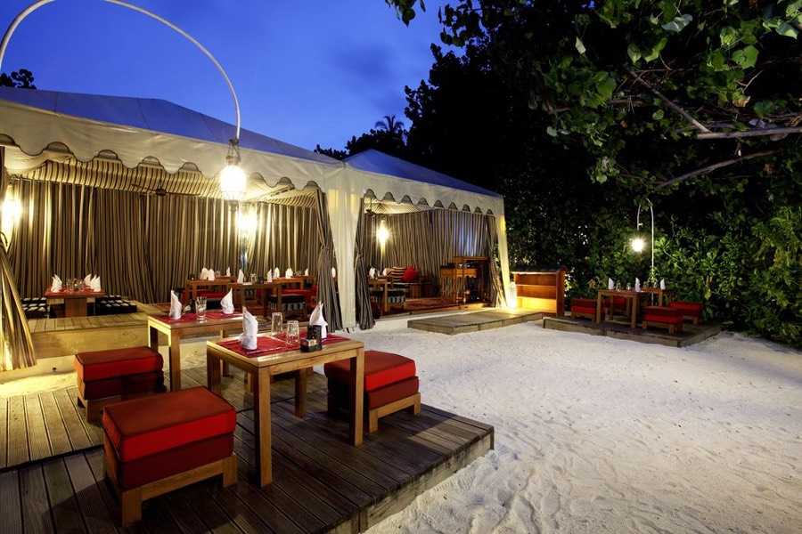 Centara Ras Fushi Resort Maldive ristorante Al Khaimah