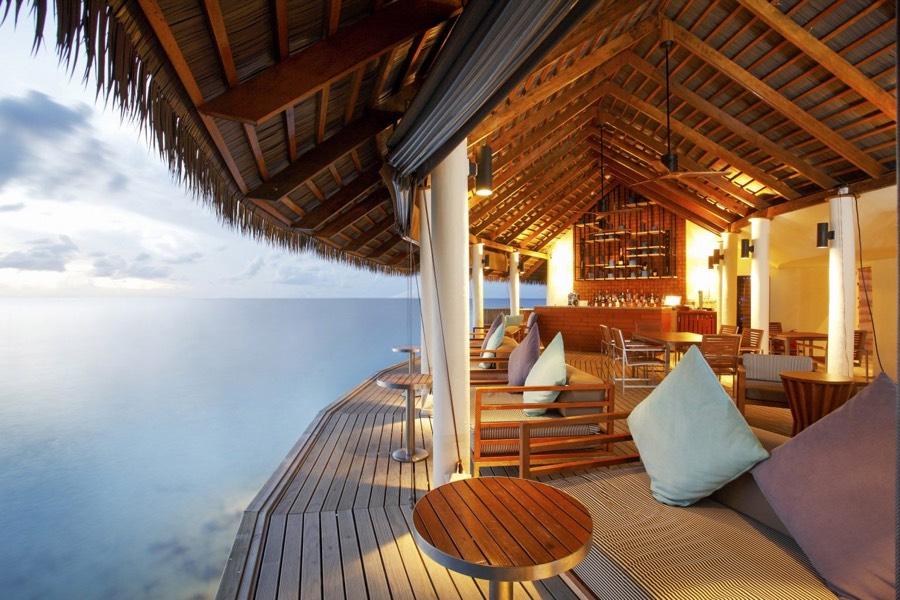 Centara Ras Fushi Resort Maldive Giraavaru Lobby Bar