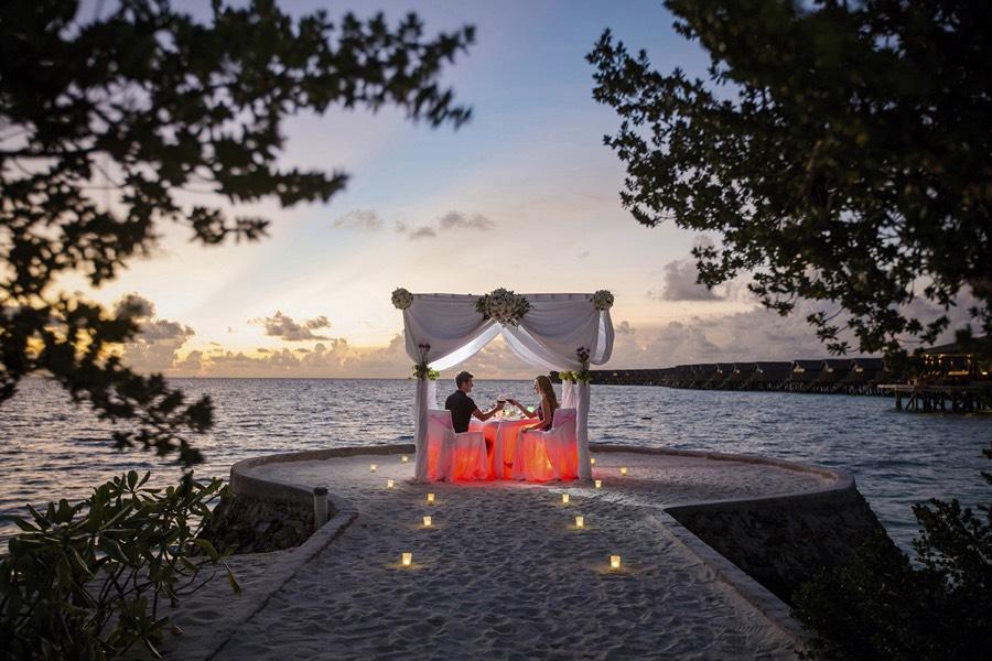 Centara Ras Fushi Resort Maldive cena privata