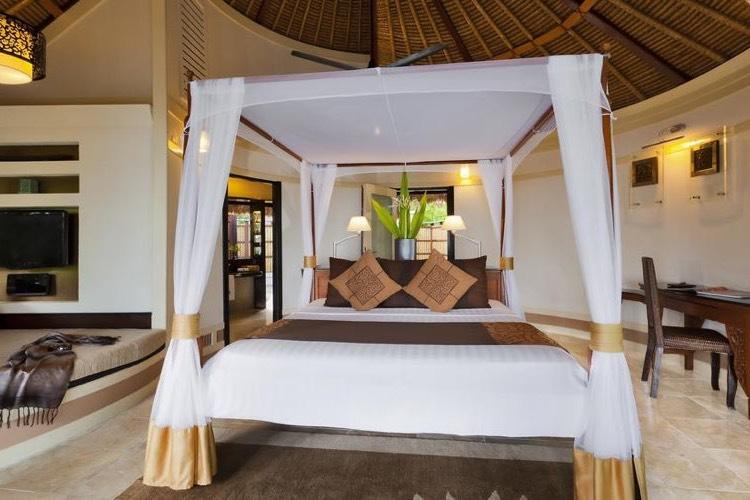 Banyan Tree Vabbinfaru resort Maldive oceanview pool villa