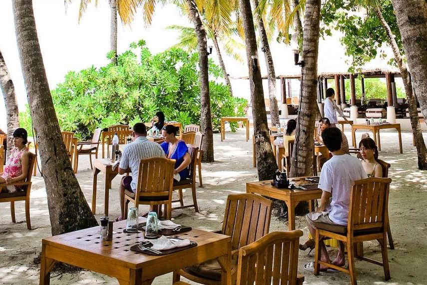 resort MaldiveBanyan Tree Vabbinfaru resort Maldive ristorante Ilaafathi