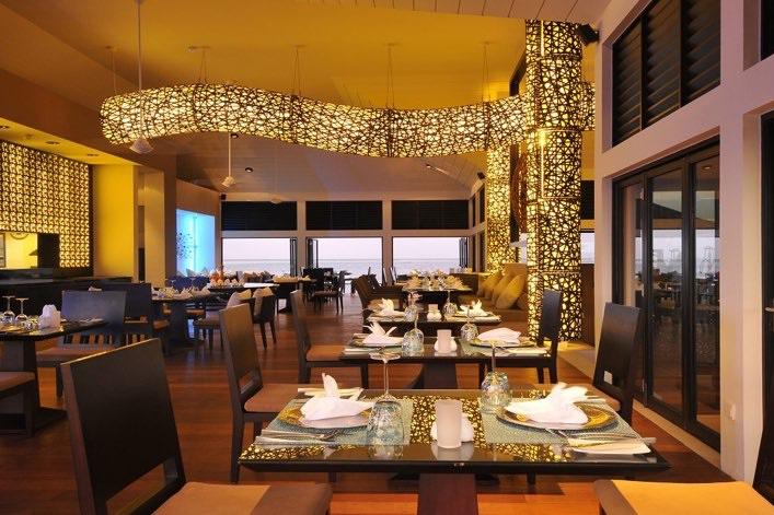 Angsana Velavaru resort Maldive Azzurro cucina italiana