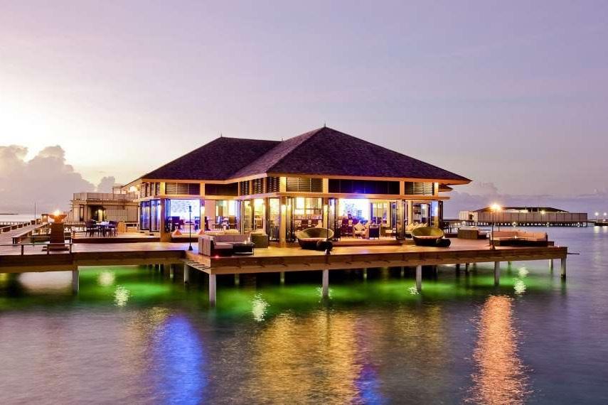 Angsana Velavaru resort Maldive Azzurro esterno