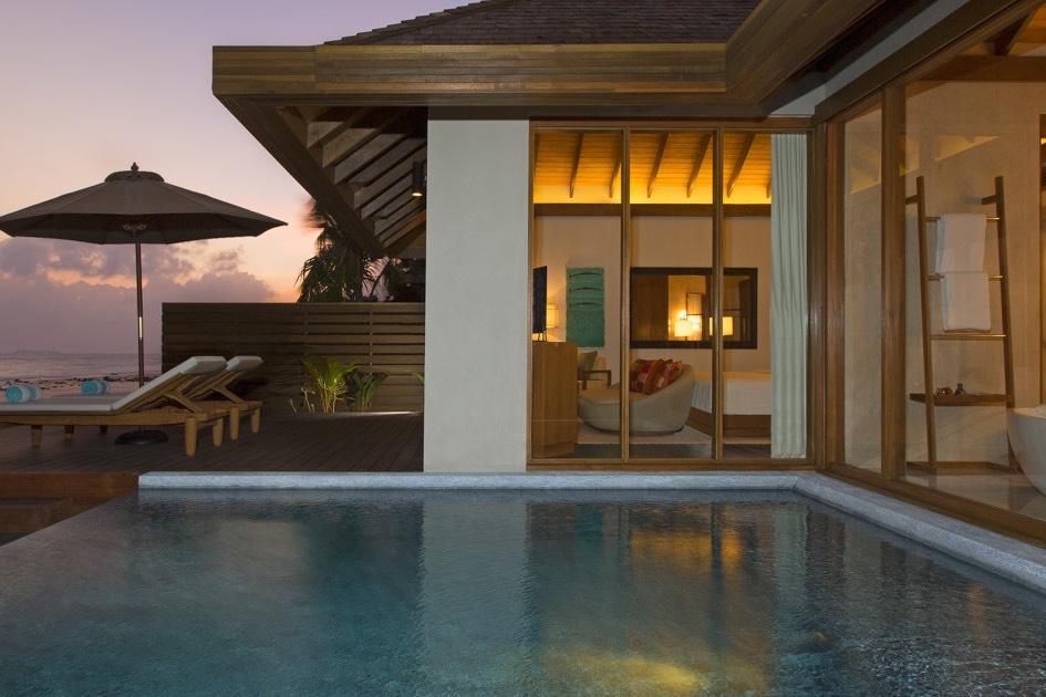 Anantara Veli Resort Maldive ocean pool bungalow