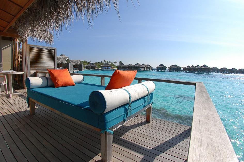 Anantara Veli Resort Maldive overwater bungalow