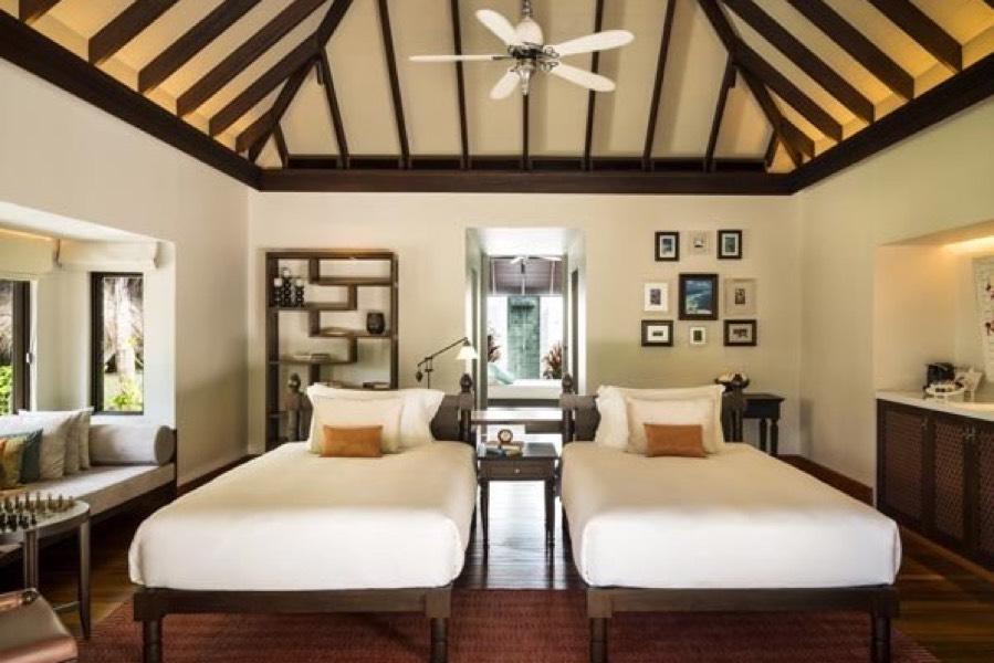 Anantara Kihavah Villas resort Maldive 4 bedroom beach pool residence
