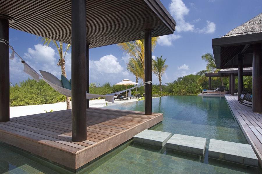Anantara Kihavah Villas resort Maldive 2 bedroom beach pool residence