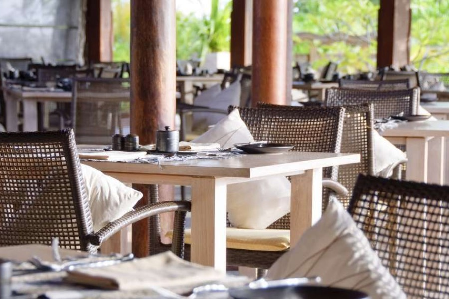 Anantara Veli Resort Maldive ristorante Fushi Caffè cucina internazionale e maldiviana