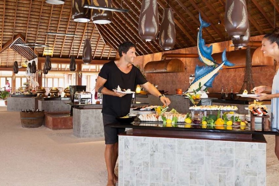 Resort Maldive Vilamendhoo Island Resort & Spa main restaurant