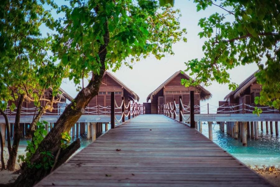 Amaya Kuda resort maldive water villa