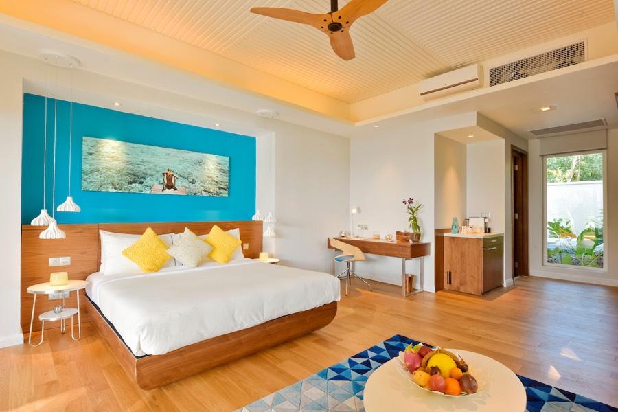 Resort Maldive Kandima Beach pool villa with Jacuzzi