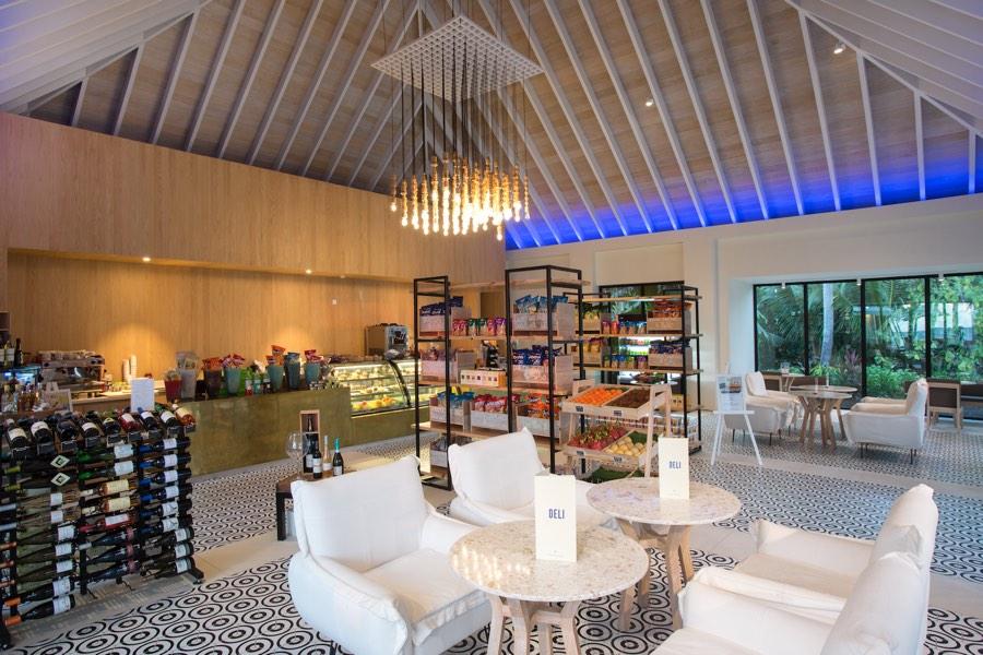 Resort Maldive Kandima  Bar Deli