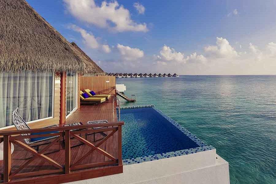 Resort Maldive Mercure Over Water Sunset pool Villa