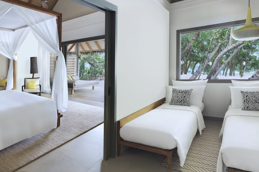 Resort Maldive Vakkaru Beach Family pool Villa