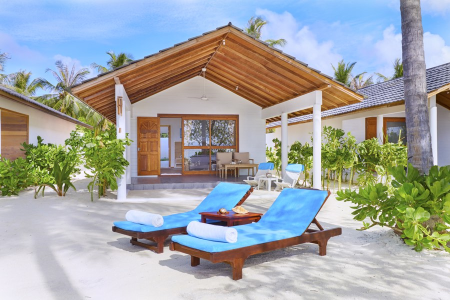 Resort Maldive Innahura Sunset Beach Bungalow