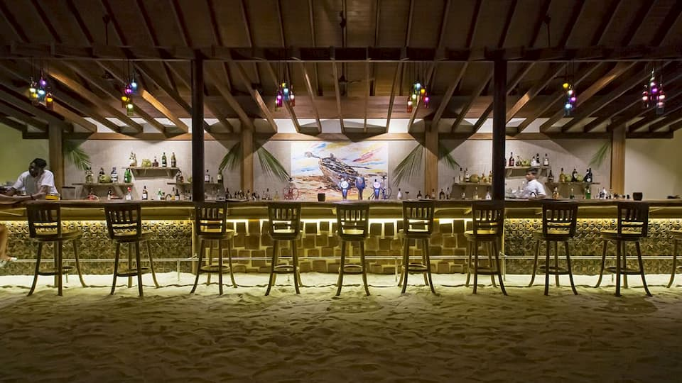 Resort Maldive Reethi Faru Haruge Bar