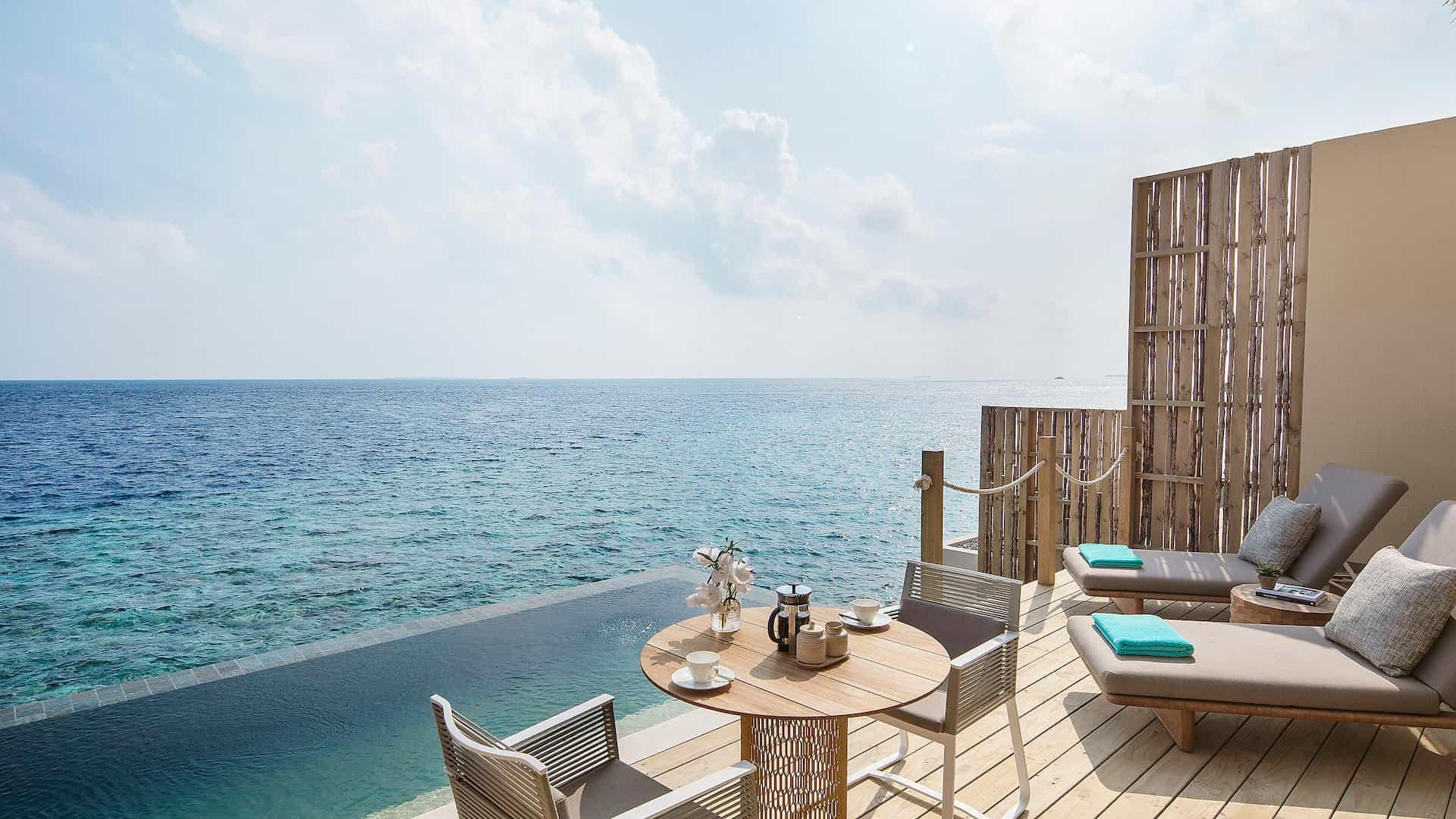Resort Maldive Intercontinental Maamunga lagoon pool villa