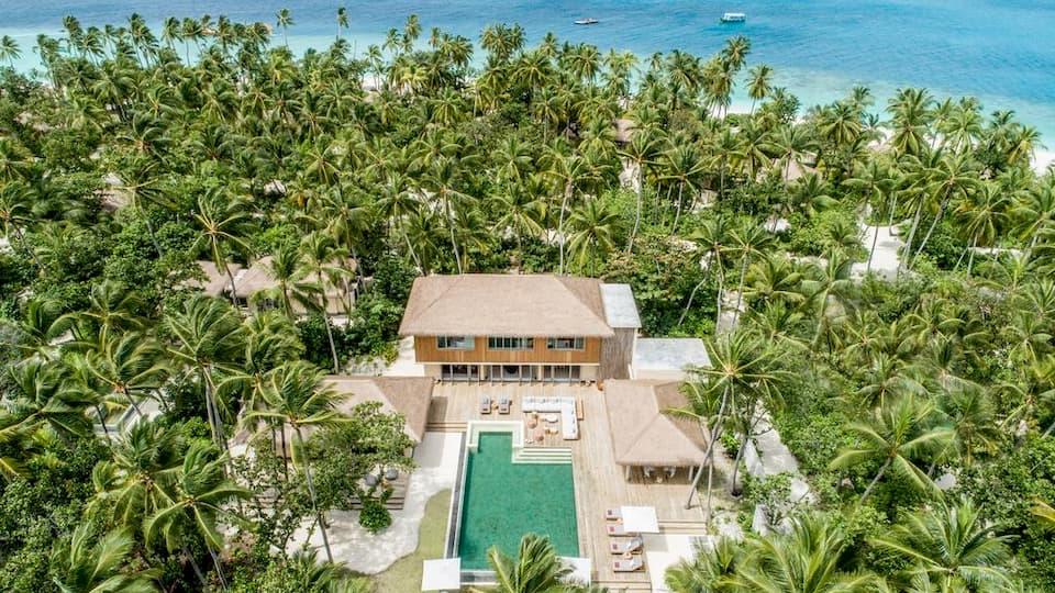 Resort Maldive Intercontinental Maamunga beachfront residence