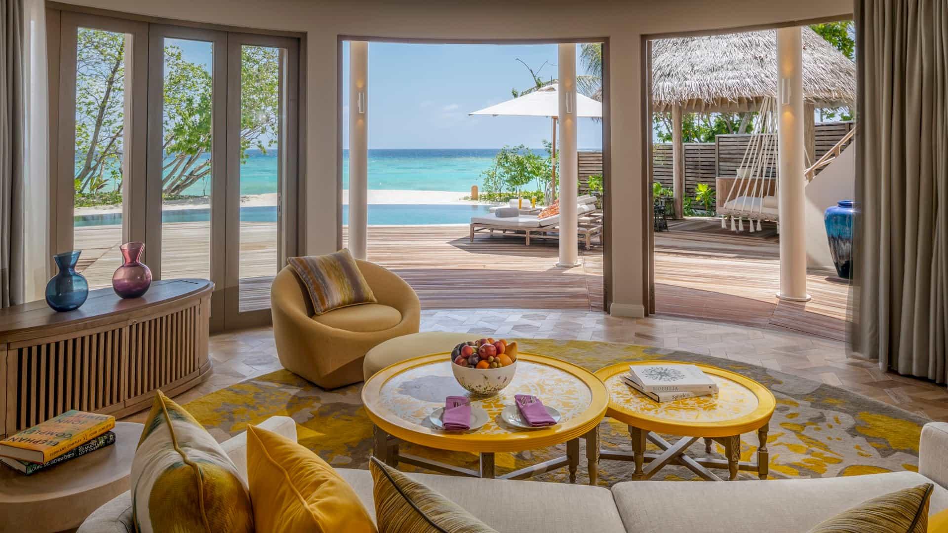 Resort Maldive The Nautilus Maldives beach residence