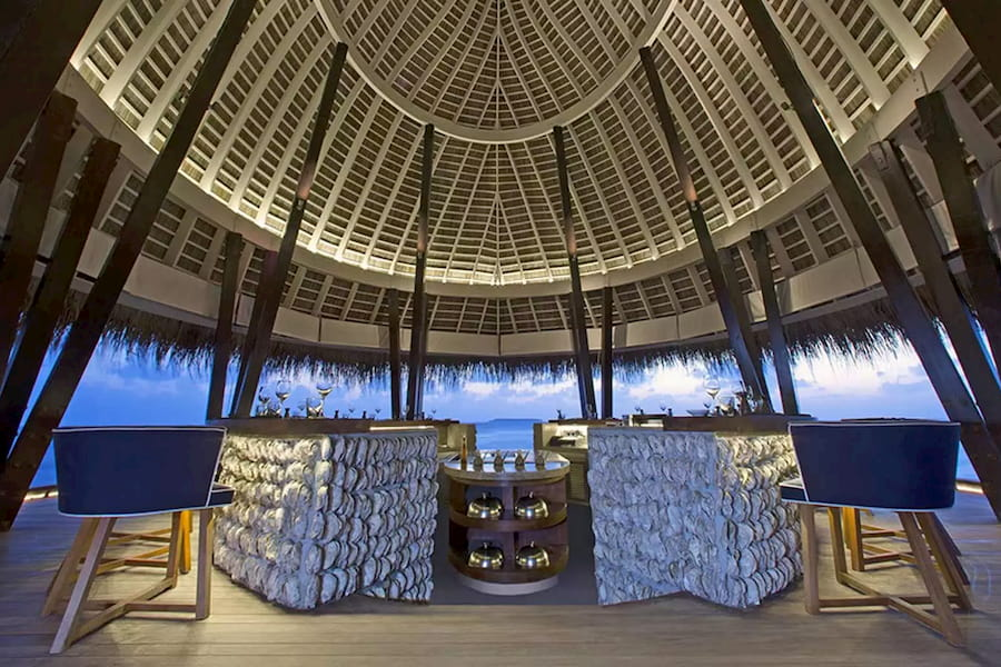 Anantara Kihavah Villas resort Maldive ristorante Fire cucina giapponese