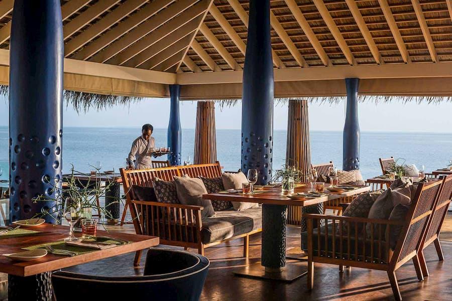 Anantara Kihavah Villas resort Maldive ristorante Salt cucina asiatica