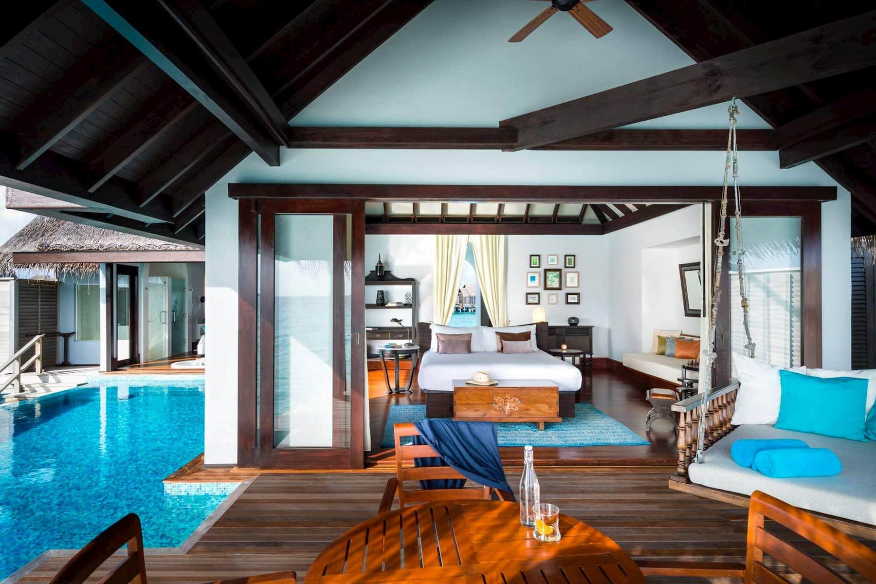 Anantara Kihavah Villas resort Maldive overwater pool villa