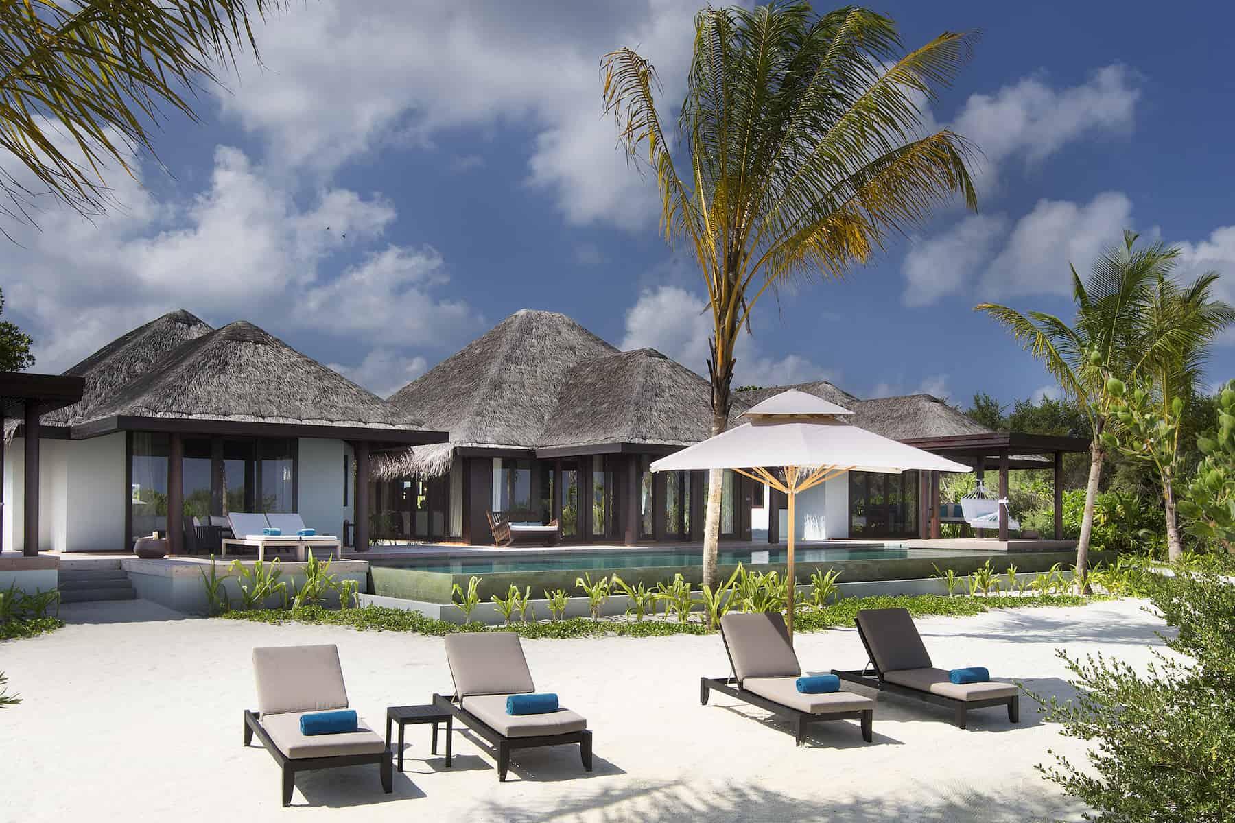 Anantara Kihavah Villas resort Maldive 3 bedroom beach pool residence