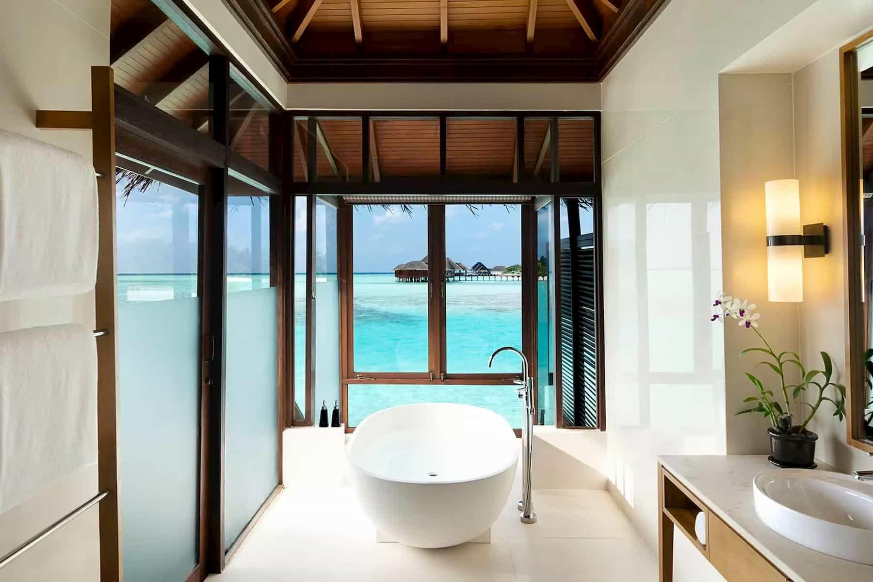Anantara Veli Resort Maldive deluxe overwater bungalow