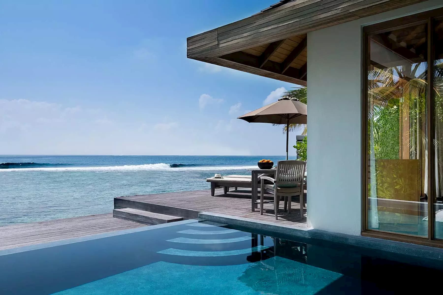 Anantara Veli Resort Maldive ocean pool bungalow