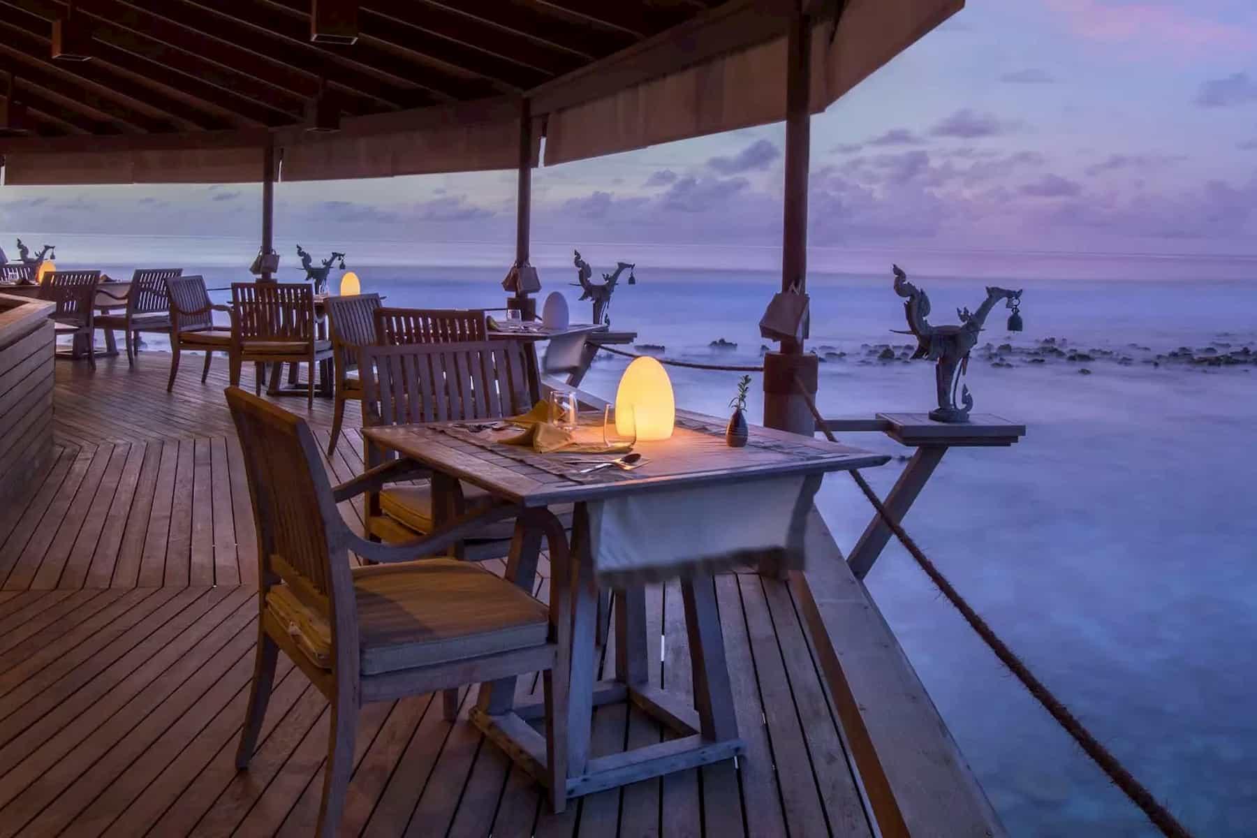 Anantara Dhigu resort Maldive ristorante Baan Huraa cucina thailandese