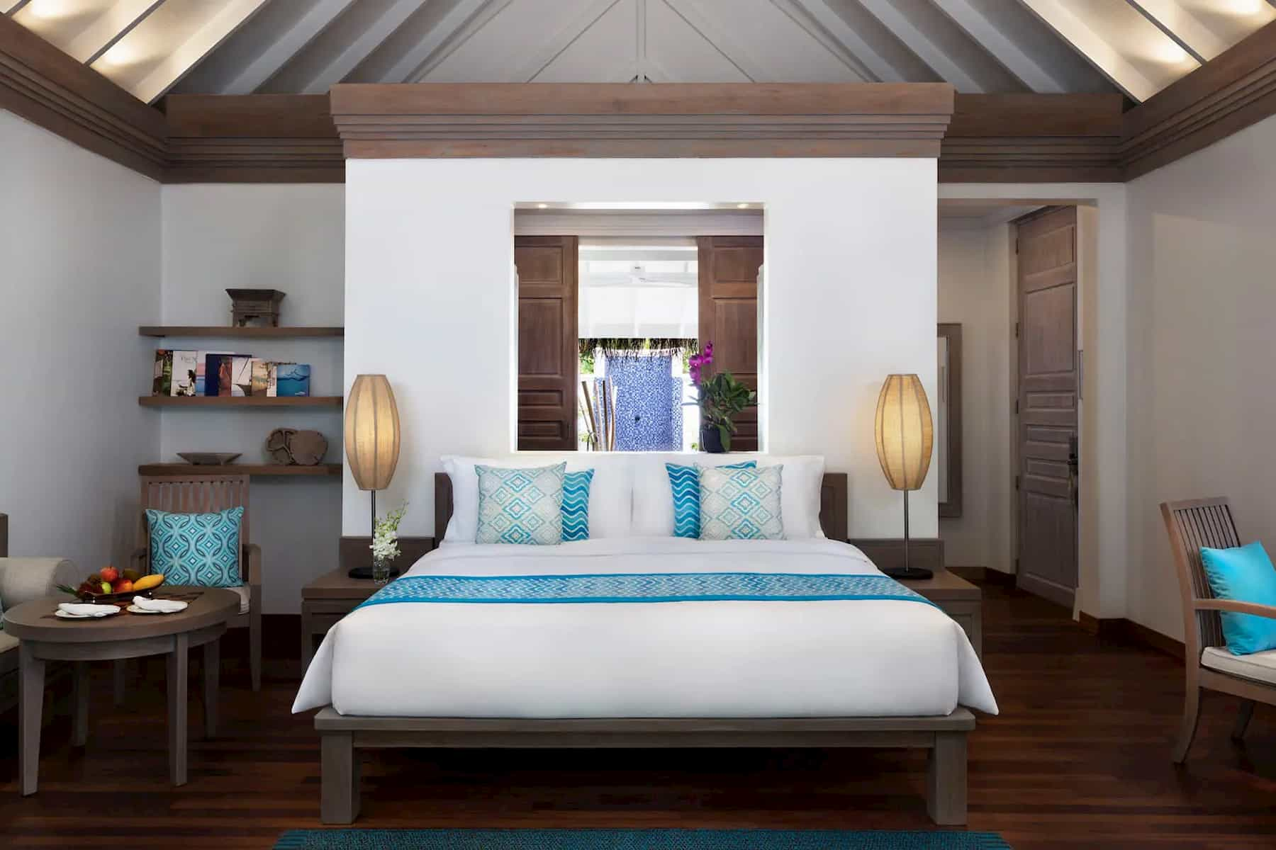 Anantara Dhigu resort Maldive beach villa