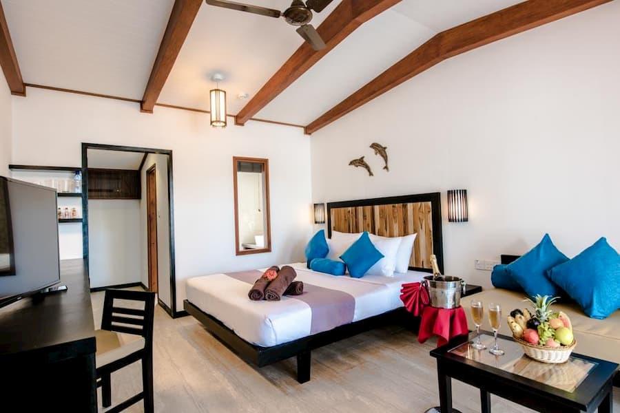 Resort Maldive Fun Island Resort Beach room