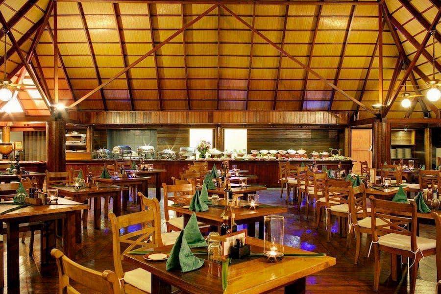 Resort Maldive Gangehi Island Resort & Spa ristorante