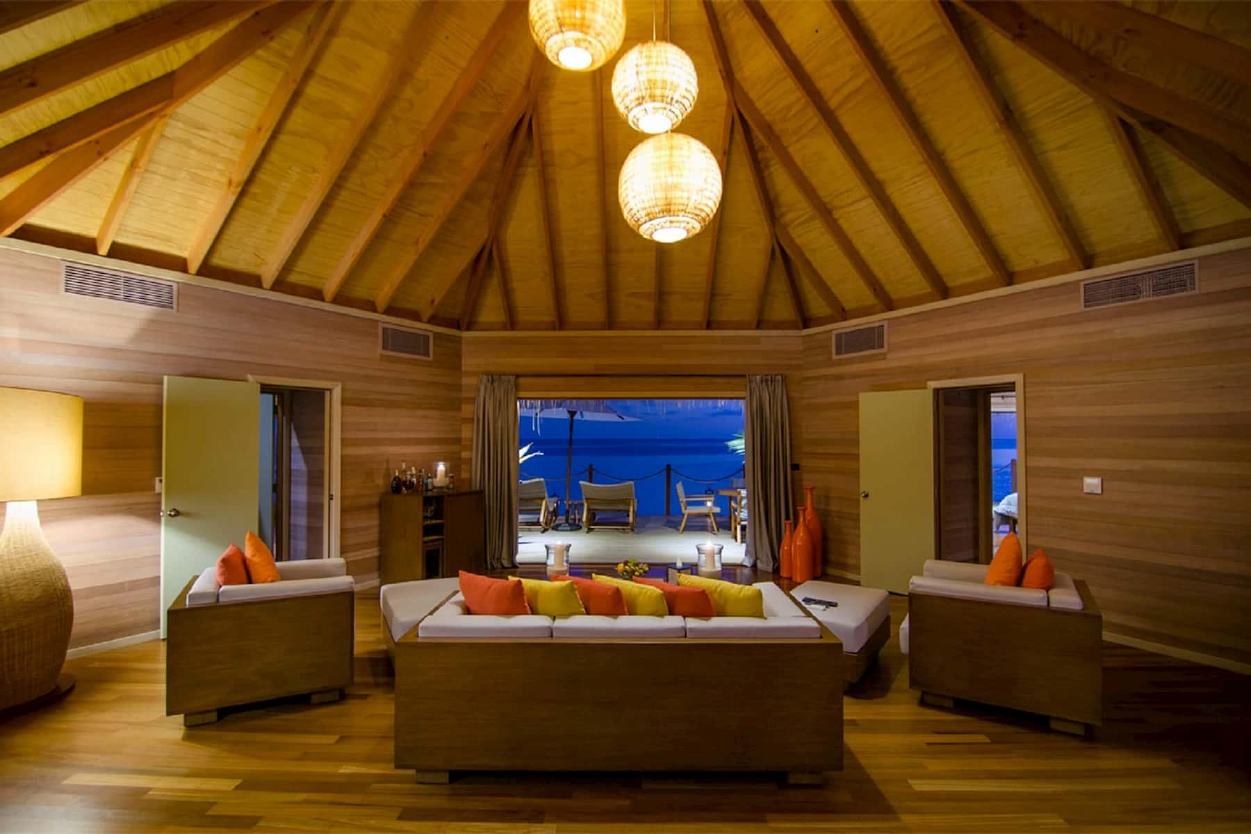 Resort Maldive Mirihi Island Resort overwater suite