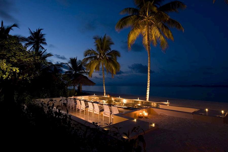Resort Maldive Conrad Maldives Sunset ristorante Kokoro Grill