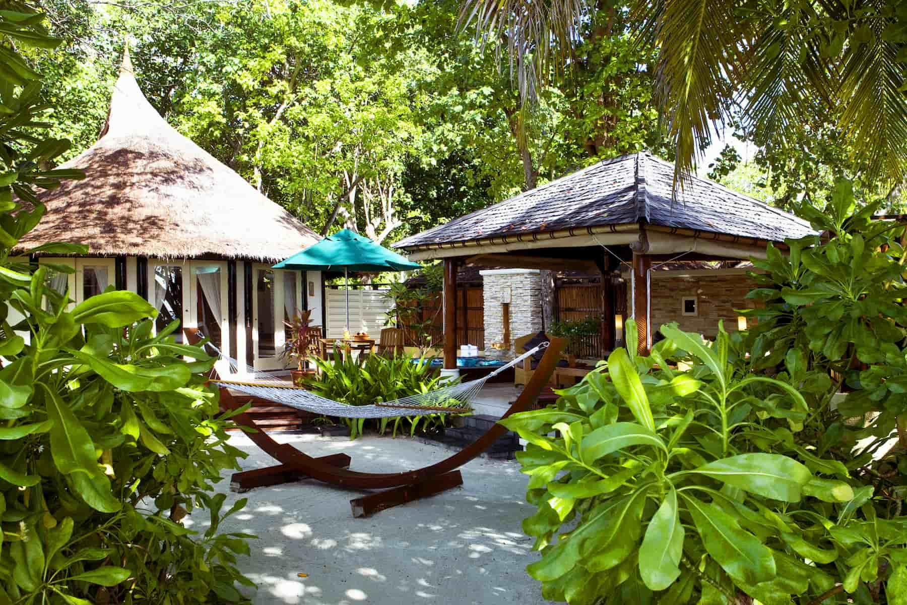 Banyan Tree Vabbinfaru resort Maldive spa Sanctuary pool villa