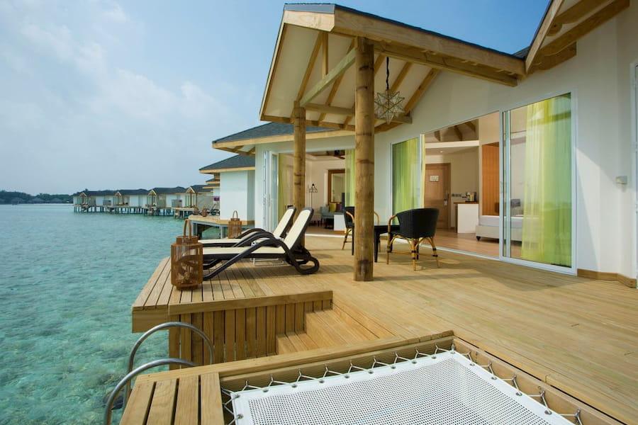 Resort Maldive Cinnamon Dhonveli overwater suite