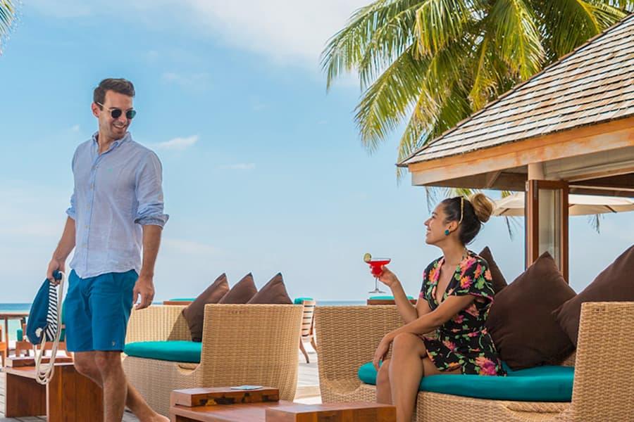 Resort Maldive Veligandu Island Resort & Spa Athiri Bar