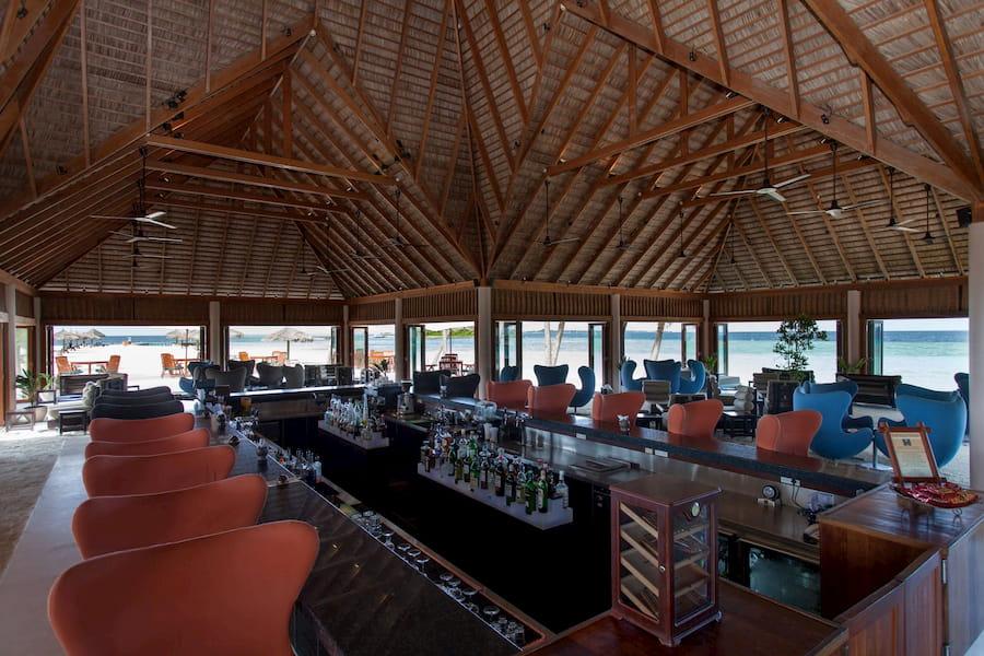 Resort Maldive Veligandu Island Resort & Spa Thundi Bar