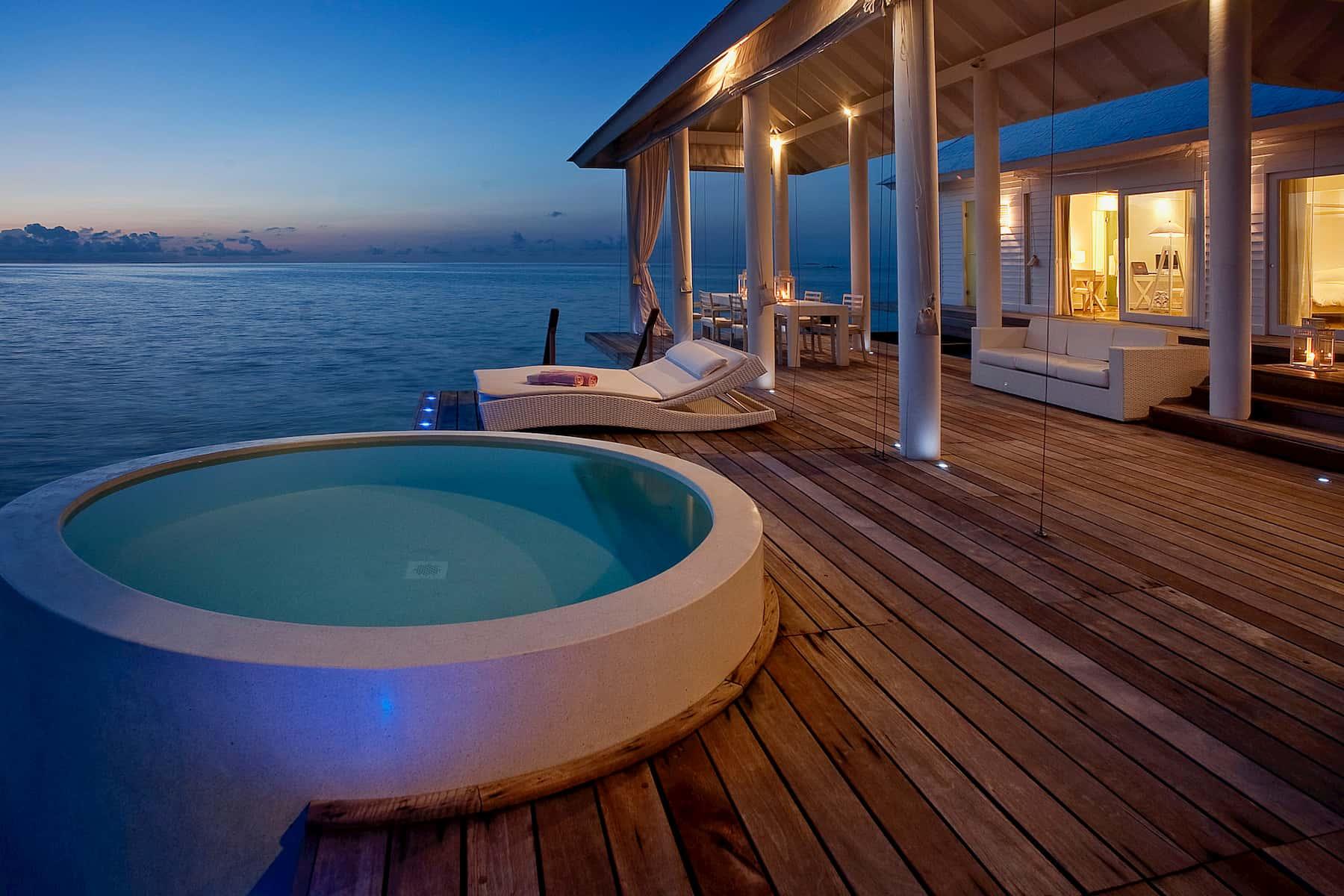 Resort Maldive Diamonds Athuruga two bedroom water villa