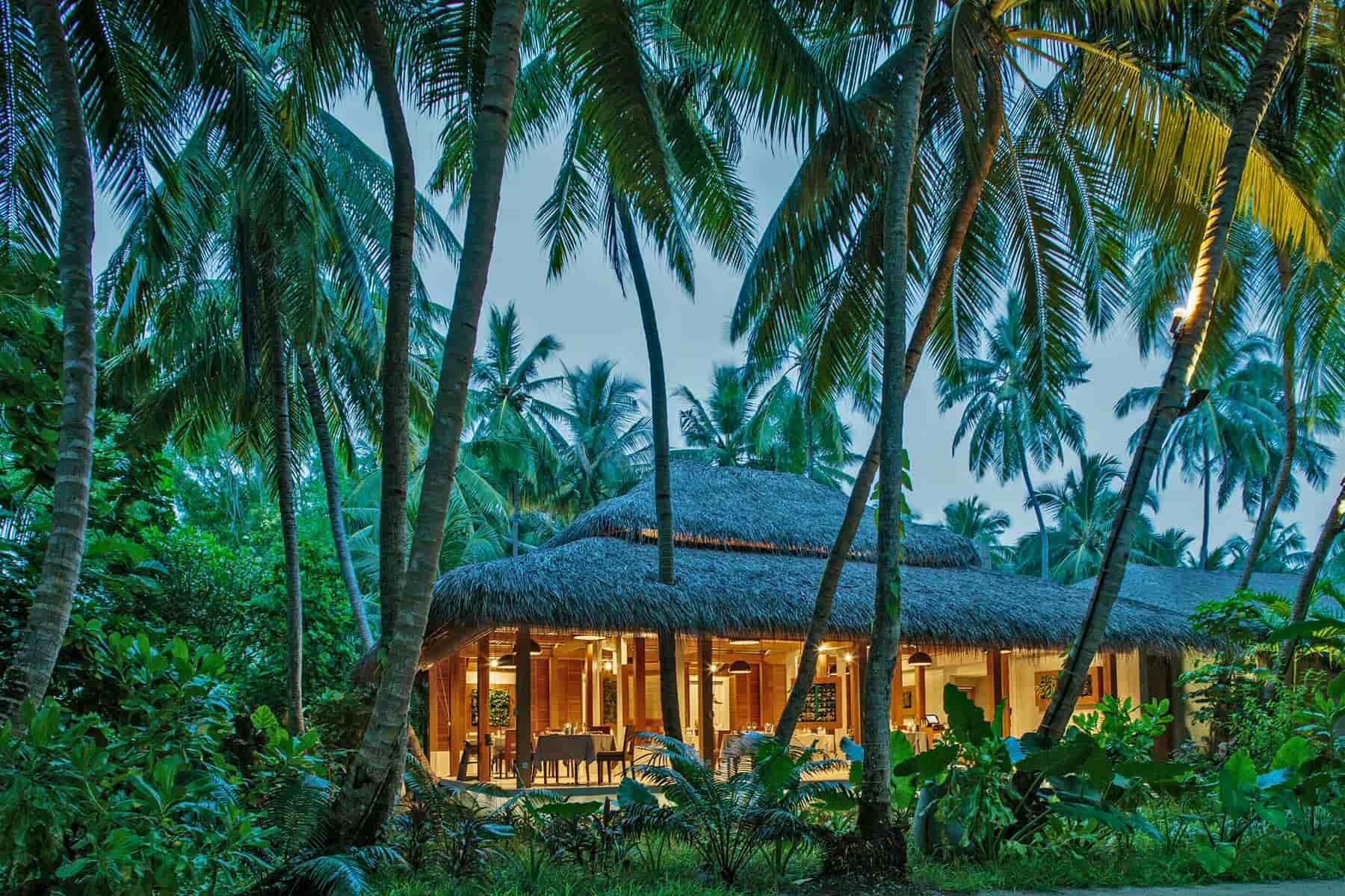 Resort Maldive Kuramathi Island resort ristorante Duniye