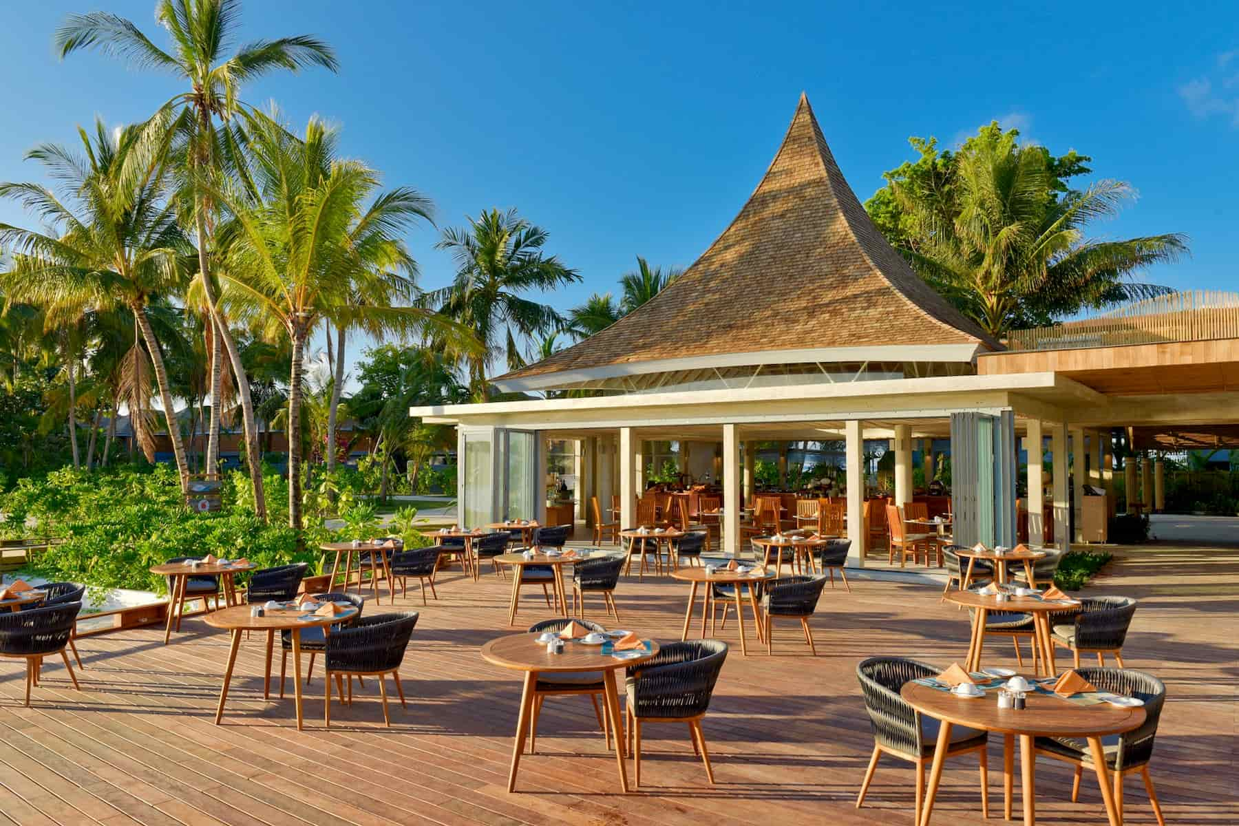 Resort Maldive Kuramathi Island resort ristorante Farivalhu