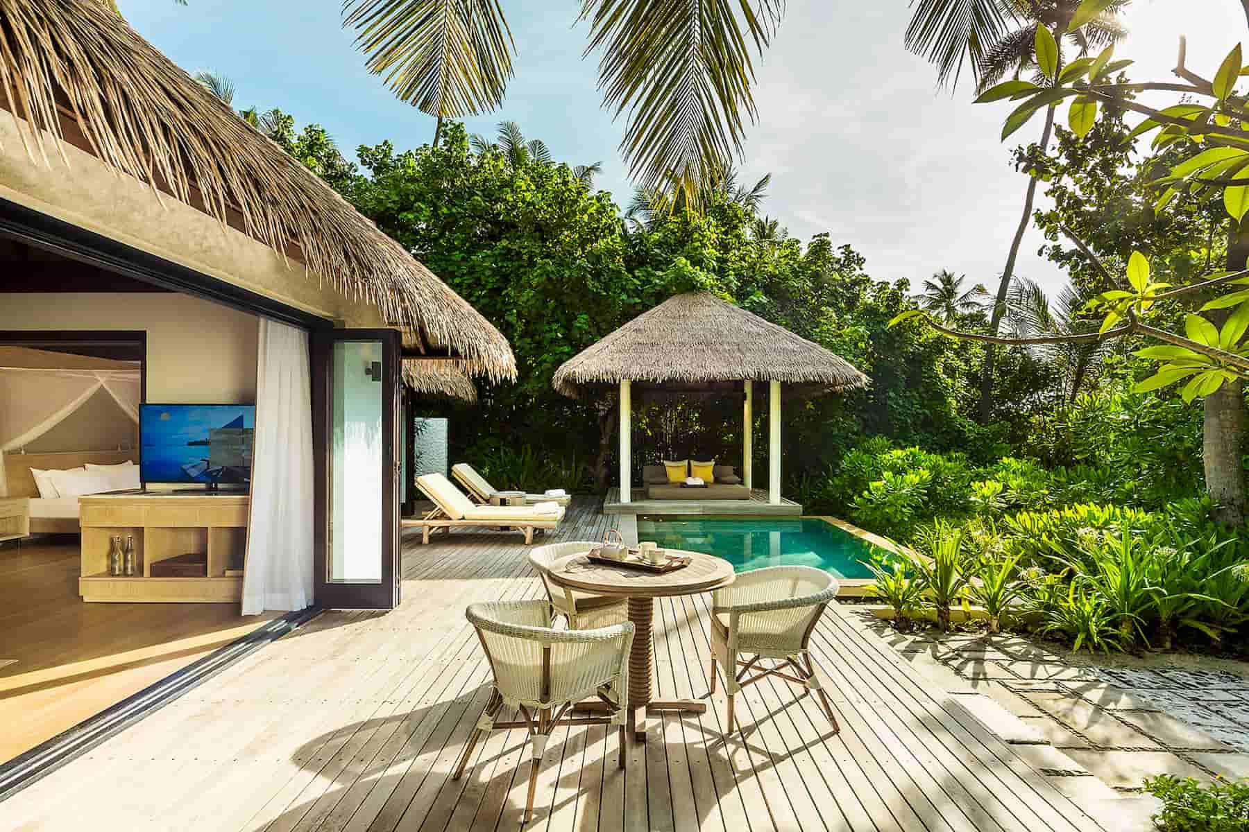 Resort Maldive Como Maalifushi two bedroom beach villa
