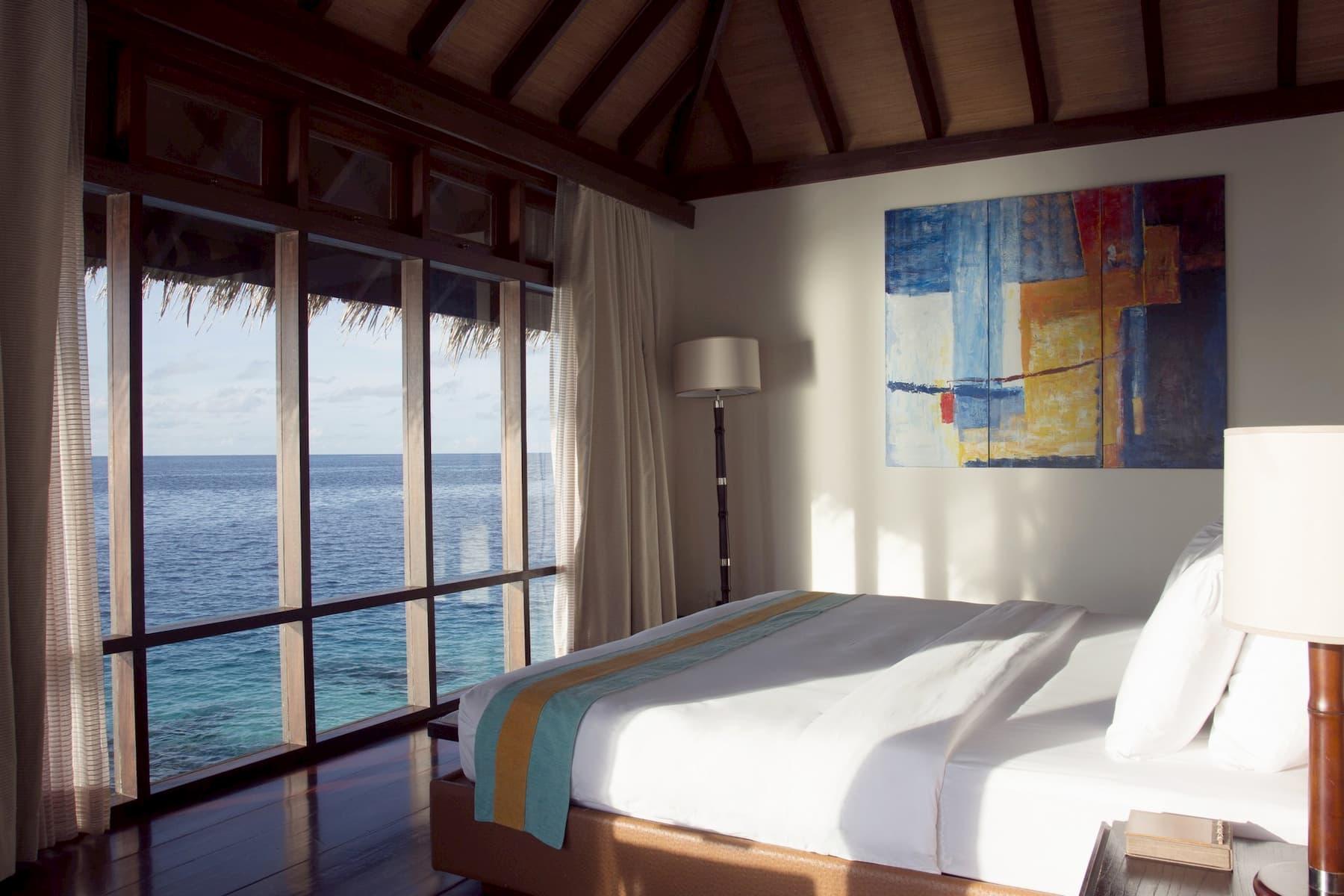 Coco Palm Bodu Hithi resort Maldive escape water villa