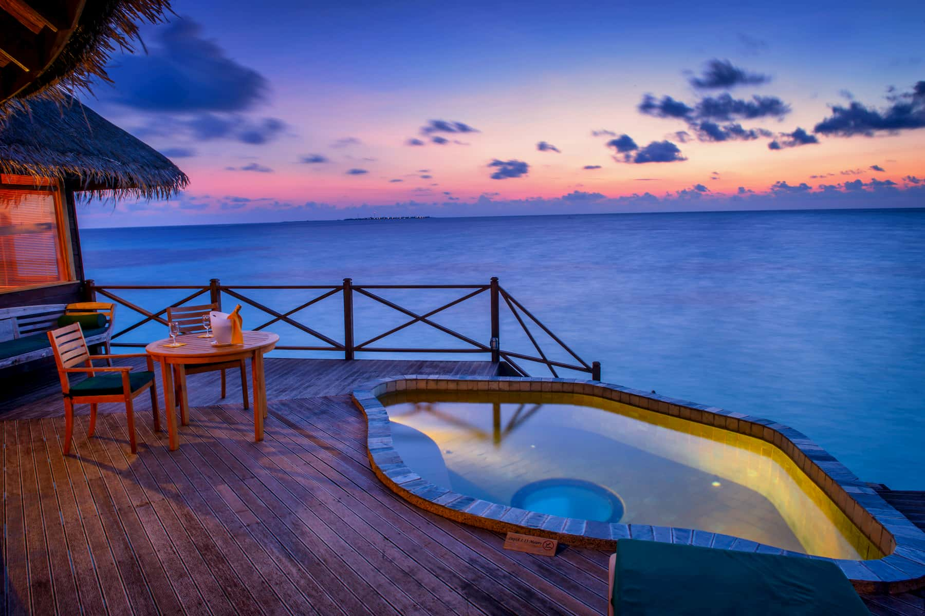 Coco Palm Dhuni Kolhu resort Maldive sunset lagoon villa